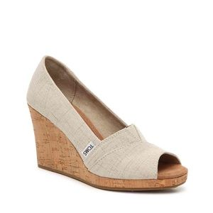 TOMS PEEP TOE WEDGE PUMP
